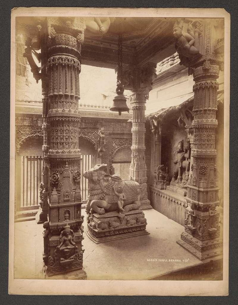 Beeld in een Gosain tempel in Benares