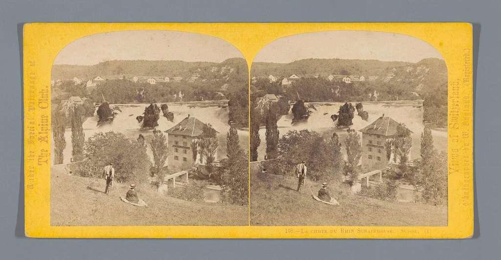 Gezicht op de Rheinfall bij Schaffhausen