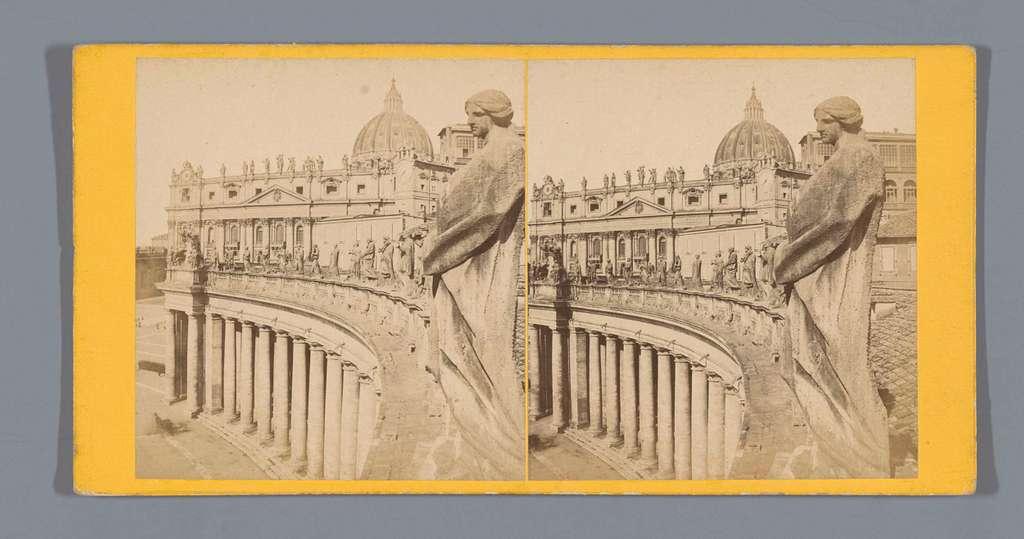 Gezicht op het Apostolisch Paleis en de Sint-Pietersbasiliek in Vaticaanstad