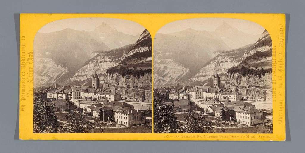 Gezicht op Saint-Maurice, met op de achtergrond de Dents du Midi
