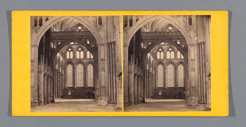 Interieur van het transept van de kathedraal van Salisbury