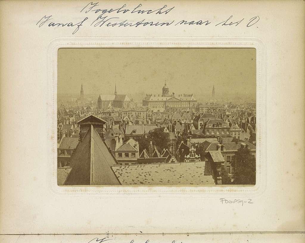 Panorama van Amsterdam, gezien vanaf de Westertoren in oostelijke richting