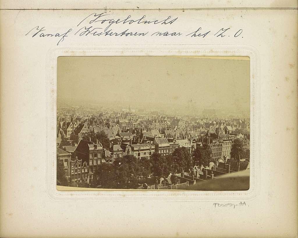 Panorama van Amsterdam, gezien vanaf de Westertoren in zuidoostelijke richting