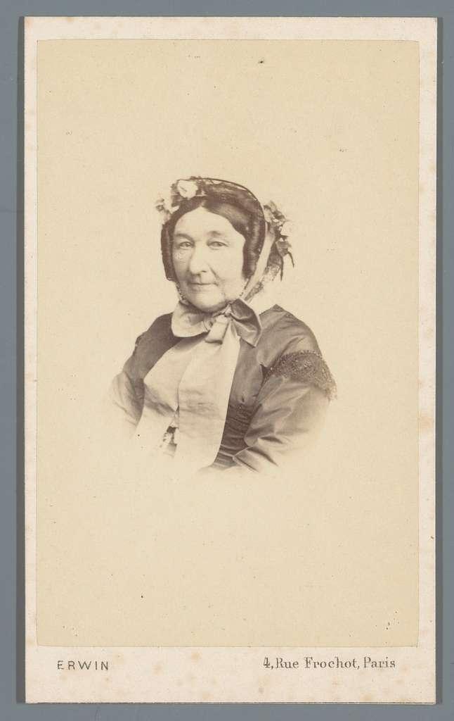Portret van een onbekende vrouw, aangeduid als Madame Papin