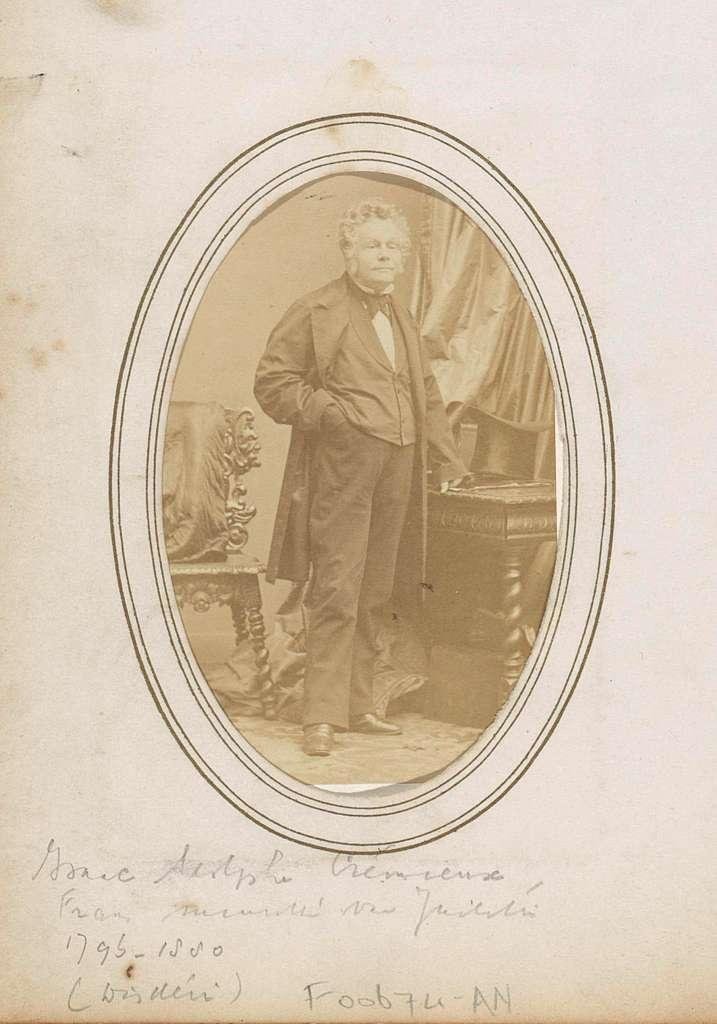Portret van Isaac Adolphe Crémieux, Frans politicus en minister