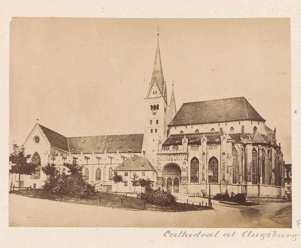 Exterieur van de kathedraal van Augsburg