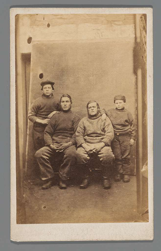 Portret van vier mannen (vissers?)