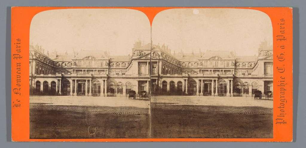 Voorgevel van het Palais-Royal te Parijs