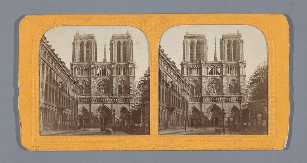 Façade van de Notre Dame in Parijs