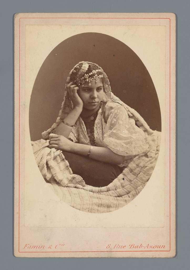 Portret van een onbekende Noord-Afrikaanse vrouw