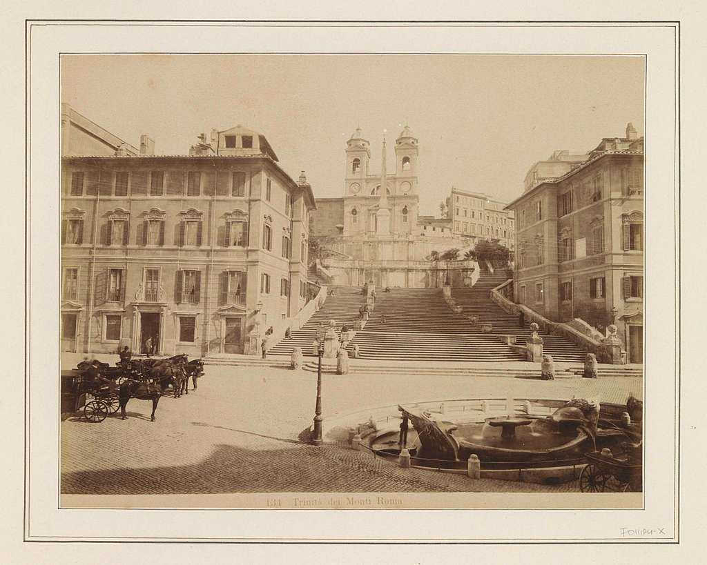 Spaanse Trappen in Rome met bovenaan de Trinità dei Monti