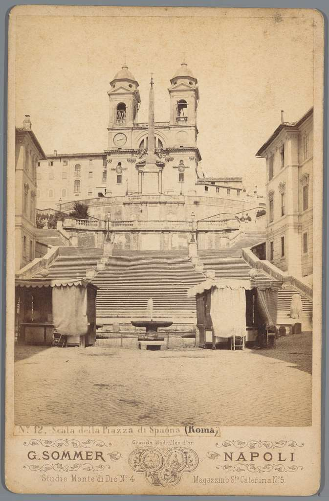 Gezicht op de Spaanse trappen in Rome
