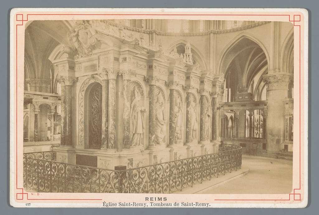 Graftombe van Saint-Remi in de Saint-Remi kerk te Reims