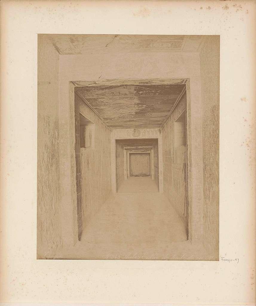 Tombe van Ramses IX (KV6) in de Vallei der Koningen, Thebe (Luxor)