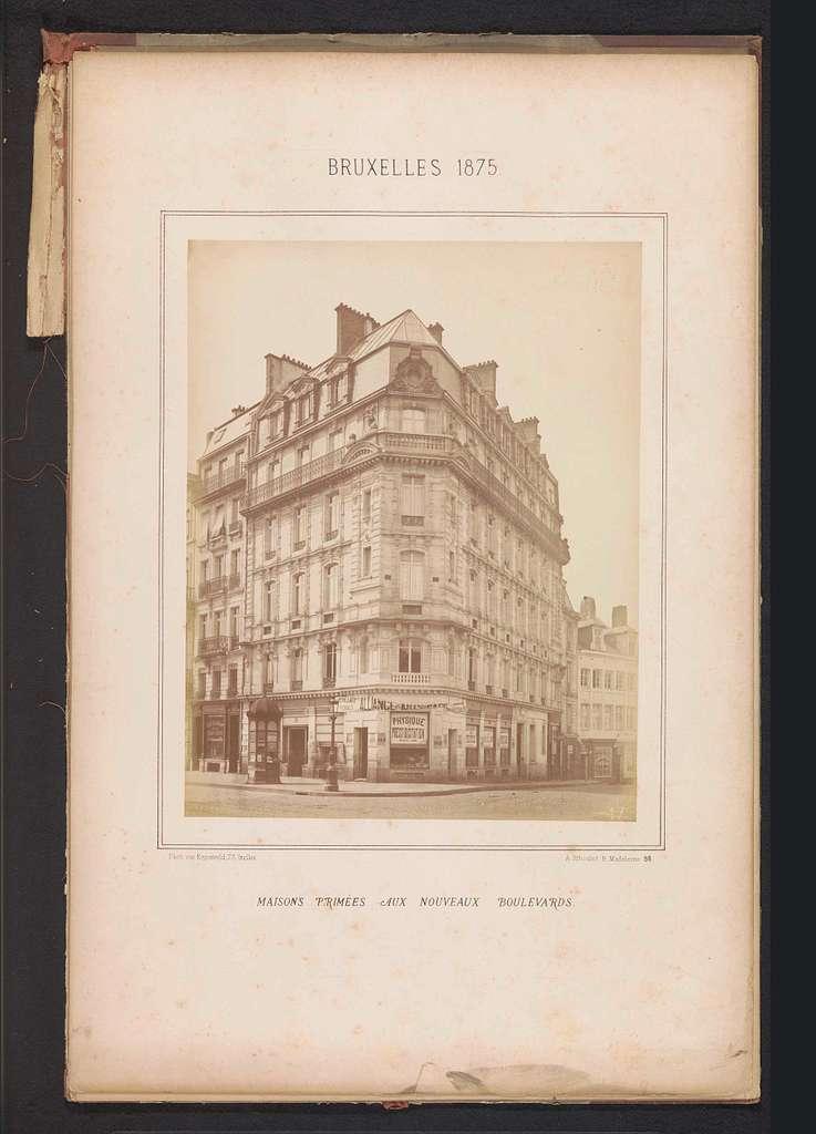 Exterieur van het gebouw op Boulevard Central 93 te Brussel