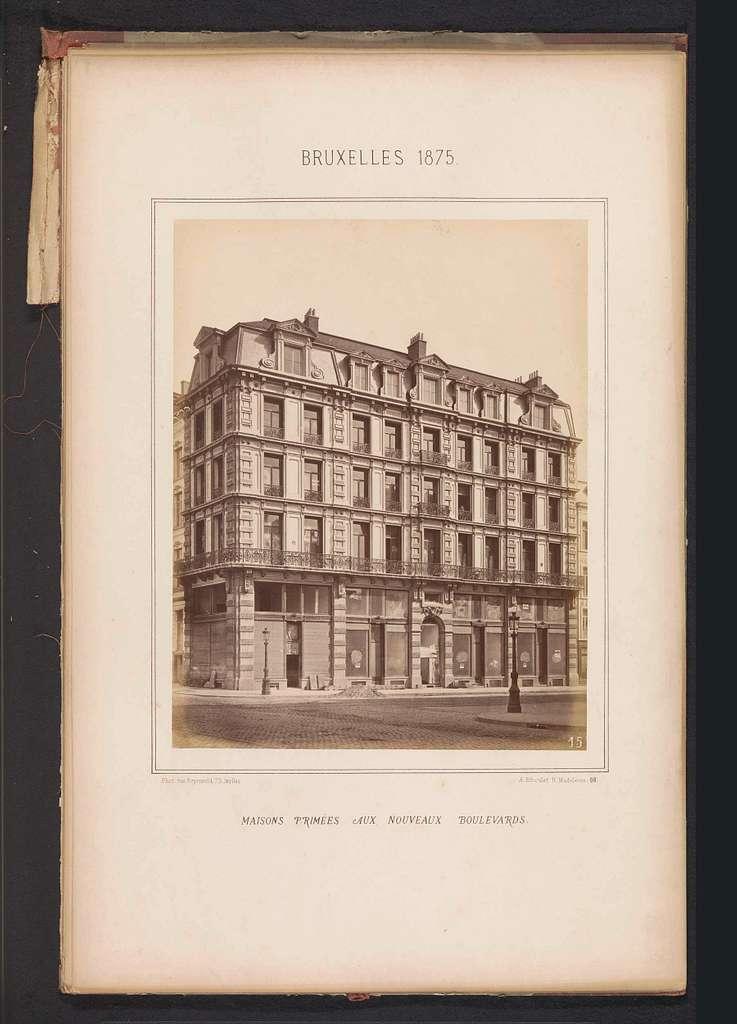 Exterieur van het gebouw op Boulevard du Nord 107 te Brussel