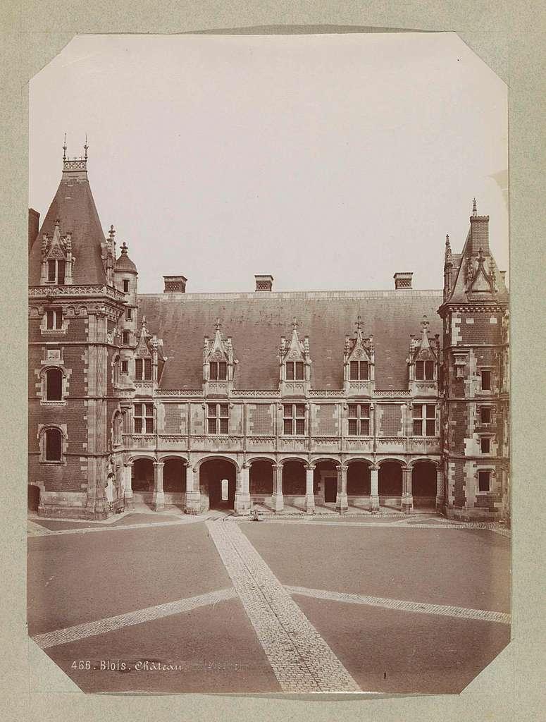Gevel op de binnenplaats van het kasteel van Blois