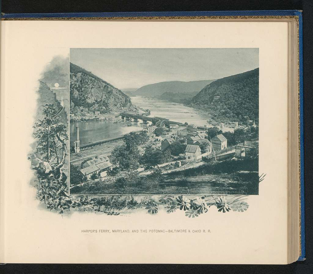 Gezicht op Harpers Ferry en de rivier Potomac