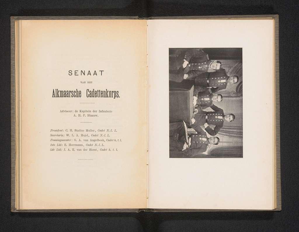 Groepsportret van de Senaat van het Alkmaarsche Cadettenkorps