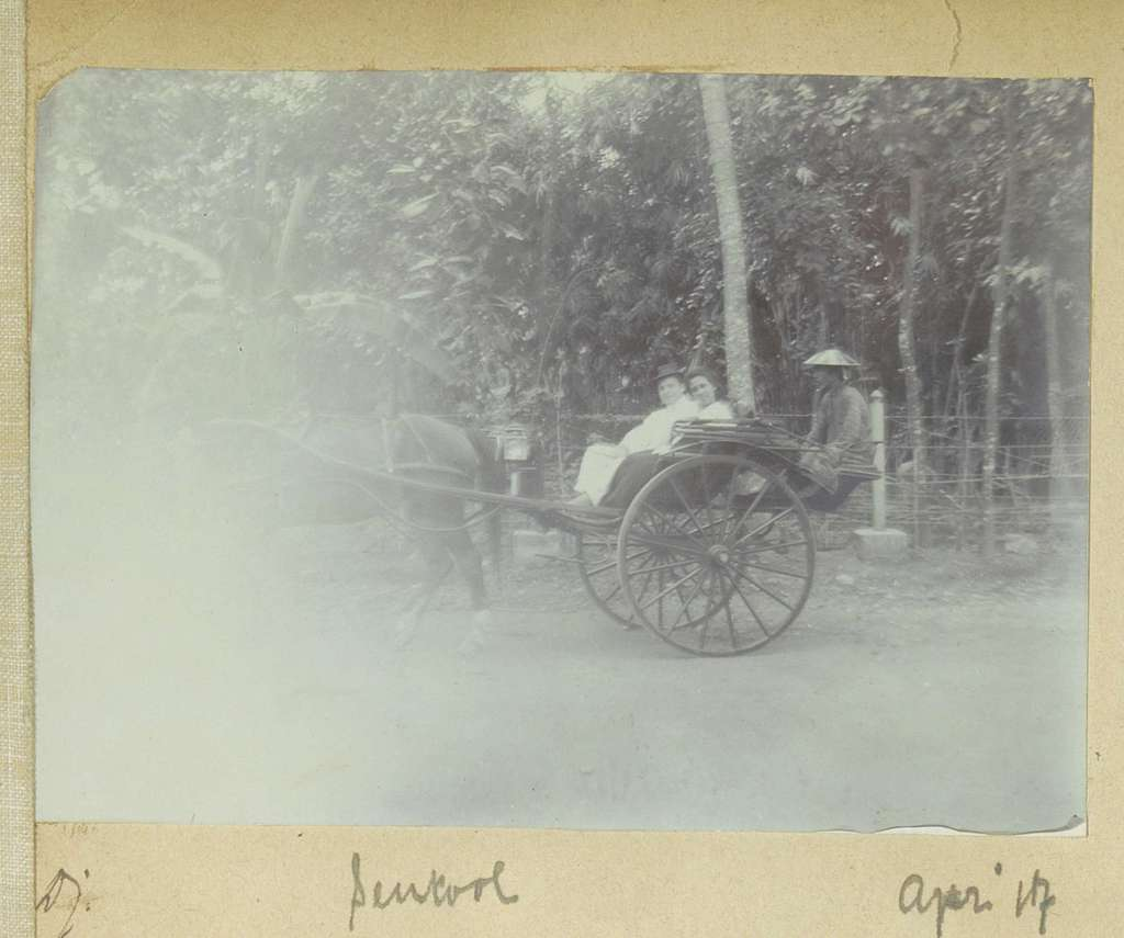 Europees stel in een rijtuig in Sentool op Java